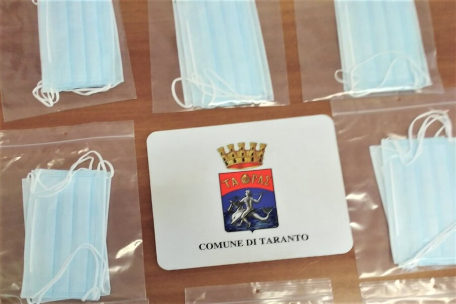Mascherine per ogni tarantino, parte la distribuzione
