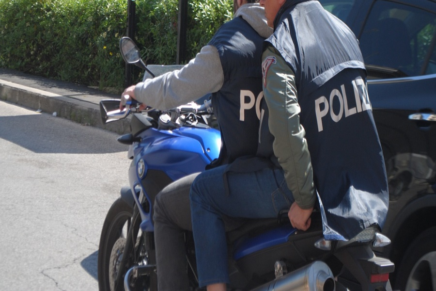 """Taranto, spaccio """"droga dei poveri"""": arrestato 22 enne"""