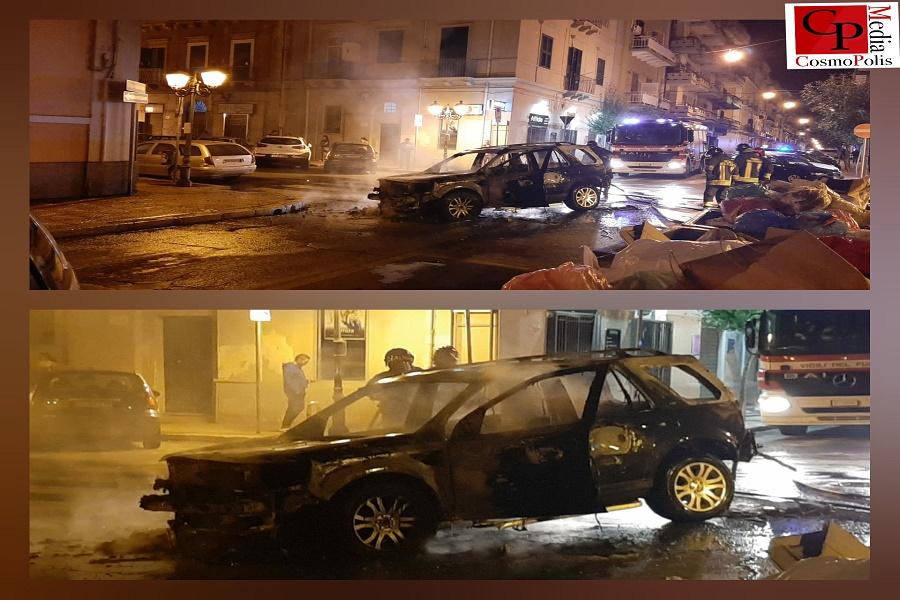 Taranto, incendiata auto nella notte