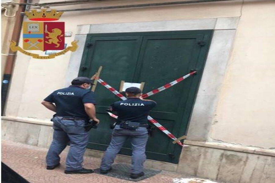 Taranto: spacciava ansiolitici nel retrobottega, chiusa l'attività