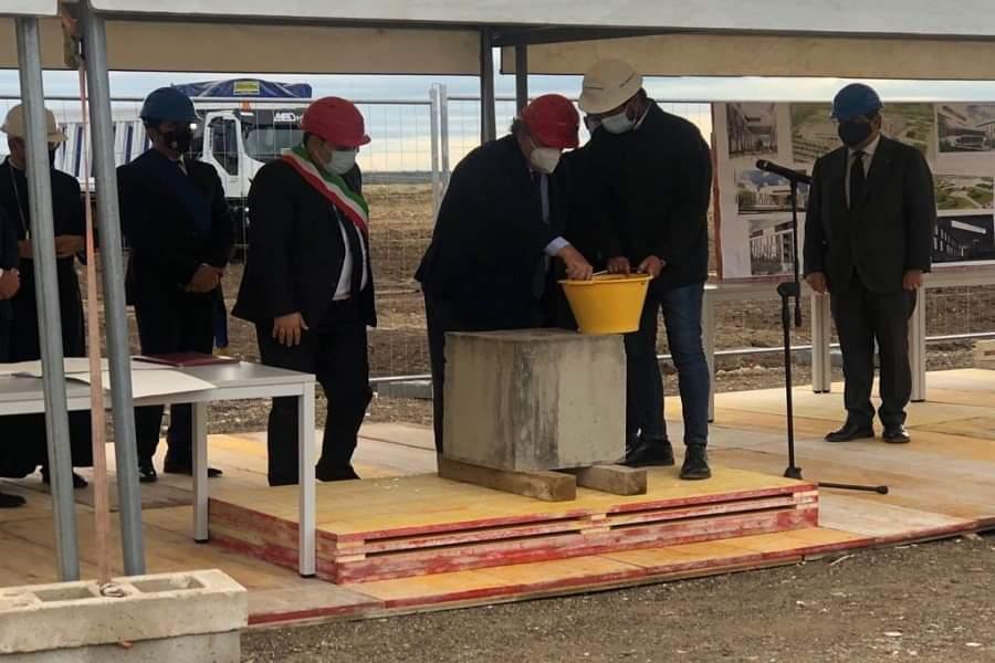 Taranto, Conte inaugura il cantiere del nuovo ospedale San Cataldo
