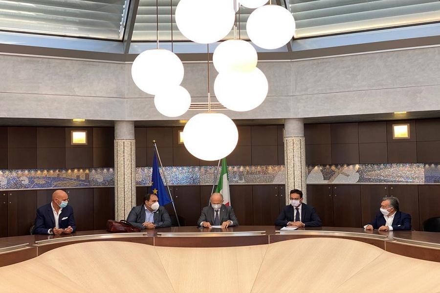 """""""Il riscatto da Taranto passa per l'autonomia della sua Università"""""""